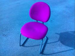 Chaise de reunion rose